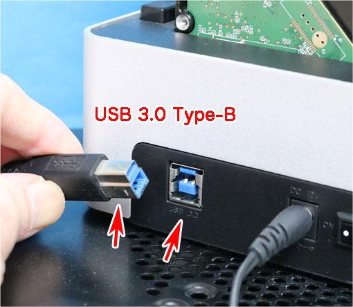 USB 3.0 Type-Bソケットとプラグ