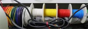 配線材の色分け 白黄赤青緑黒の順