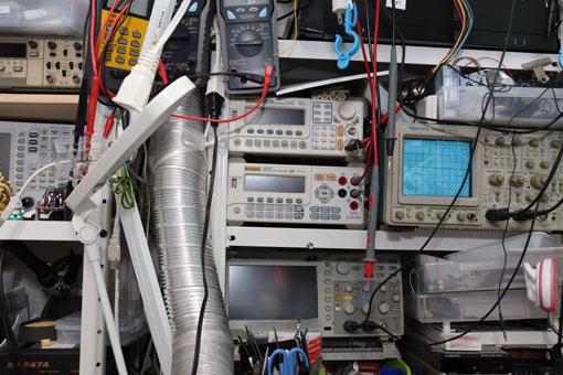 電子工作のラック