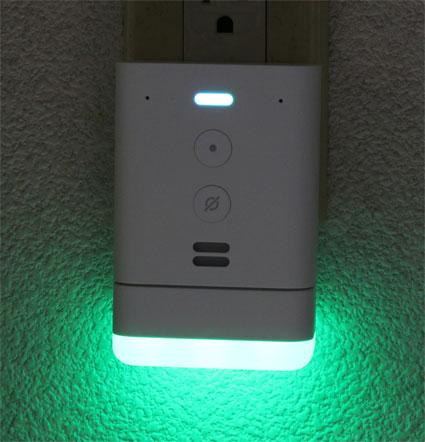 Echo Flex スマートナイトライト付き