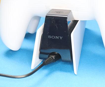 DualSense充電スタンド DCプラグ差し込み部