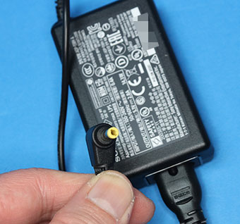 DualSense充電スタンドのACアダプター